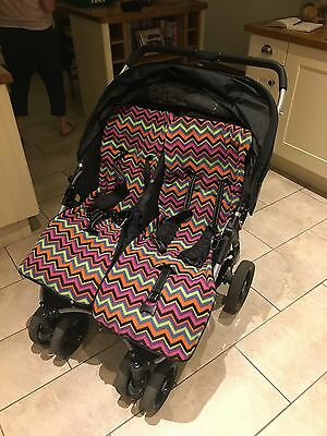 Red Kite Push Me Twini - Double seat buggy Black with colourful seat covers…