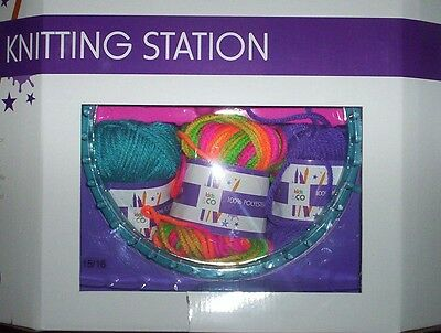 KNITTING STATION - round + long loom yarn thread = make scarf beanie headband