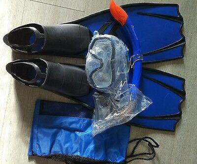 Brand New CRANE snorkel and flippers set Size M UK 7/7.5 BLUE with pouch