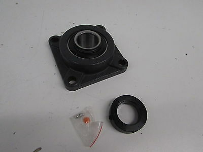 QJZ HCFS208-24 Mounted Bearing 1 1/2 in Square Flange