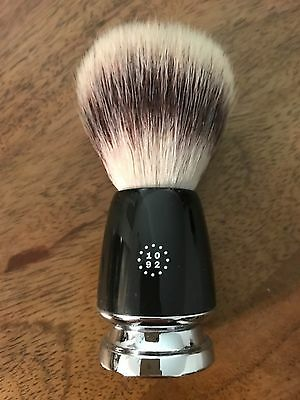 One Thousand & Ninety Two Pure Bristle Shave Brush: Black - NEW & CLASSIC