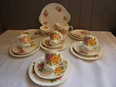 Beautiful Shelly Hand Painted Fine China Roses Tea  Set  With Shaped Edges
