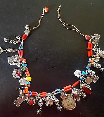 Morocco - Berber necklace of the Atlas with beads in silver and glassware