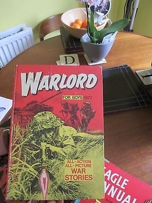 15 Warlord annuals between the years 1977 and 1991