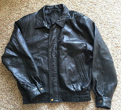 EUC Men's Genuine Black Leather Chukkers by Midwest Bomber Style Jacket Medium