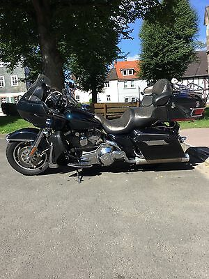 Harley Davidson - Road Glide Screamin Eagle