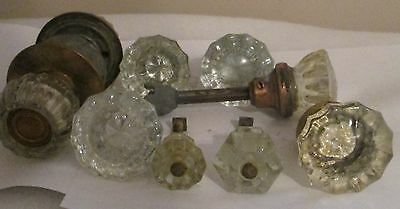 7 GLASS ANTIQUE VINTAGE DOOR KNOBS and  3 GLASS DRAWER PULLS