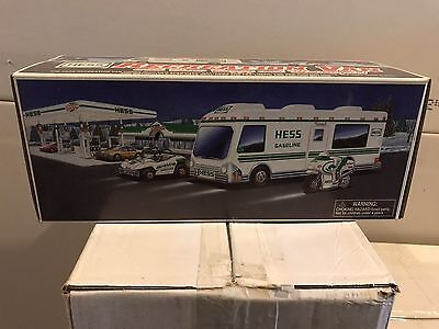 Hess 1998 Recreation Van with Dune Buggy and Motorcycle Toy Trucks  NEW in Box
