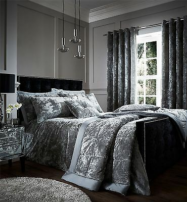 Crushed Velvet Bedspread Quilted Throw, King Size Throw, Silver, 220 x 220 cm