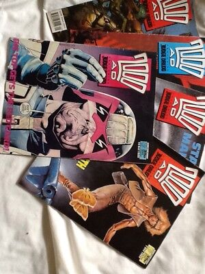 Five copies of 2000 AD featuring Judge Dredd from 1988