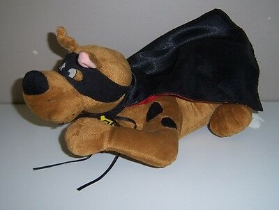 Gemmy Scooby-Doo Talking & Tail Wagging in Cape & Mask - 2001 Cartoon Network
