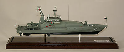 Hmas Bathurst Ii Ran Armidale Class Patrol Boat Amazing Detailed Precision Model
