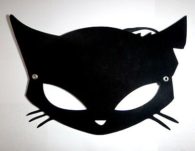 RARE CatCon 2017 Emily The Strange Cat Mask Limited Edition