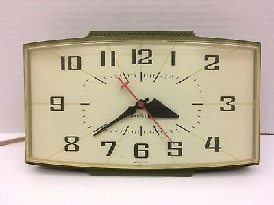 Retro 1960's Wall Clock Mid-Century General Electric Model 2153