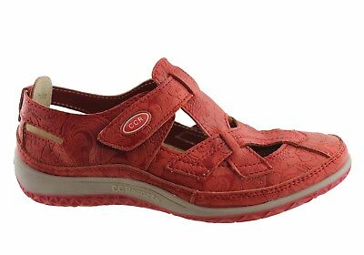 CC Resorts Jackie Casual Walking Shoe Red Patterned - New