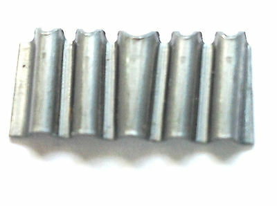 "CORRUGATED JOINT FASTENER 1"" x 1/2"" (26mm x 12mm)  - Pack of 25 fasteners"
