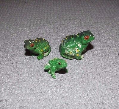 3 PLASTIC Mini FROGS MADE IN HONG KONG 3 PVC FROG FIGURES