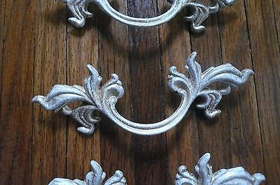 Vtg Look French Provincial Drawer Pull Brass Shabby White Gold Henry Link Type