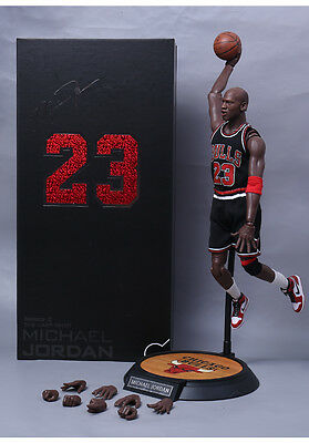 1/6  NBA Real Masterpiece Michael Jordan 23 Black Jersey Action Figure With Box