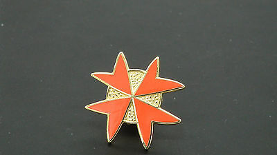 Freemasons Order of Malta Red Cross Pin Badge Knights Templar AASR