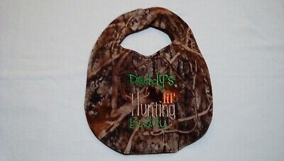 Daddy's lil Hunting Buddy Camouflage Embroidery Handmade Baby Bib Boy on Flannel