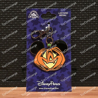 DISNEY Parks HALLOWEEN 2017 MICKEY Mouse PUMPKIN LANYARD MEDAL New