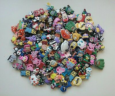 150 Pieces Irregular PVC Rubber Shoe Charms Peppa Pig Umizoomi Variety