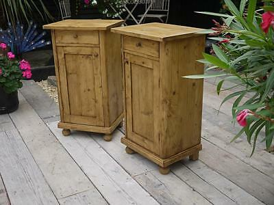 Gorgeous Pair Of Old Antique Pine Bedside Cabinets/lamp Tables/pot Cupboards