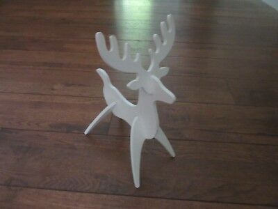 Longaberger Woodcrafts Small Reindeer White Ships next day