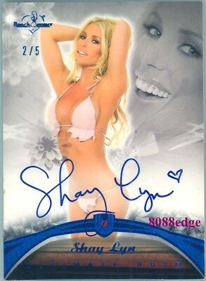 2010 Benchwarmer Ultimate Blue Foil Auto: Shay Lyn #2/5 Autograph
