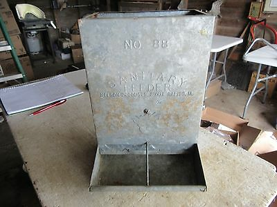 Vintage Metal Nelson Products No. 88 Sanitary Pig Feeder Sioux Rapids IA Lot1756