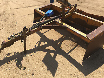 8' Pull Type Drag Scraper, Used in good working condition. Heavy Duty