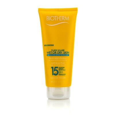 Fluide Solaire Wet Or Dry Skin Melting Sun Fluid SPF15  Face & Body