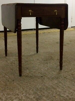 Antique Victorian Mahogany Pembroke Drop Leaf Table - With Drawer