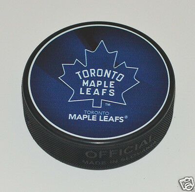 TORONTO MAPLE LEAFS 1967-1970 Logo NEW SOUVENIR PUCK NHL Hockey In Glas Co.