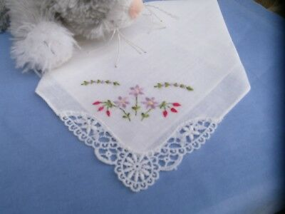 Vintage White Lace CORNER WITH EMBROIDERY................WHITE COTTON