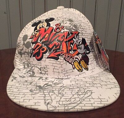 Disney Parks Graphic Edge Collection Mickey Mouse Fullback Baseball Hat Cap NWT