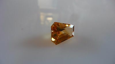 7.55 ct gold, trapezoid cut, naturally striated Citrine gem - India REDUCED $