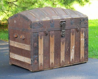 Shabby Rustic Antique Victorian Faux Alligator Metal Wood Dome Top Steamer Trunk