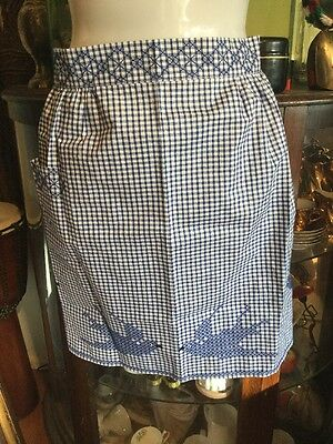 Vintage Estate Collectable Retro Blue white gingham doves Tie Back Apron Pinny