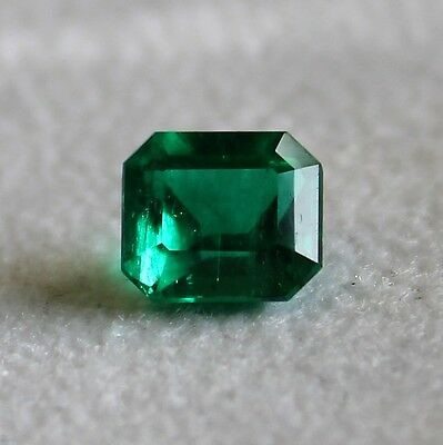 Natural emerald  loose gemstone emerald  cut certified