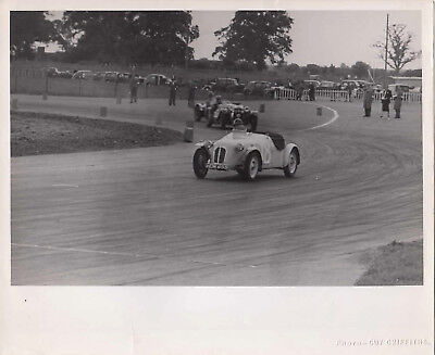 SPORTS CAR REG No.HDM 855 CAR No.18 RACING PHOTOGRAPH, BY GUY GRIFFITHS.