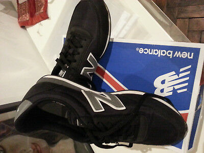 BASKETS NEW BALANCE taille 38,5 comme neuves