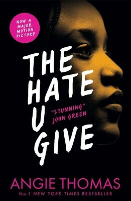 The hate u give by Angie Thomas (Paperback / softback)