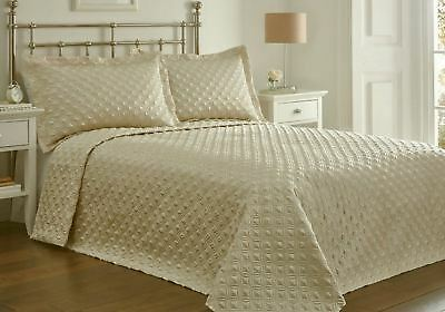 Quilted Faux Silk Cream King Size Bedspread Throwover & Pillow Shams
