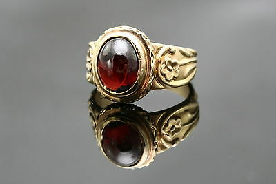 Oval Cabochon Garnet & 14K Yellow Gold Art Deco Styled Ring, Size 6.5