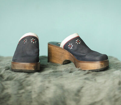 Tommy Hilfiger Size 6 Vintage 90's Leather and Wood Clogs