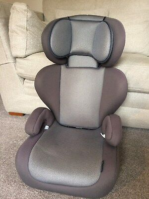 Mamas and Papas Adjustable Car Seat - transforms to booster - Grey