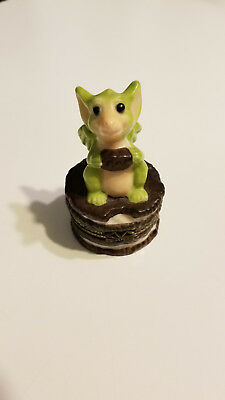 *Nibble Box Cookie Pocket Dragon by Real Musgrave