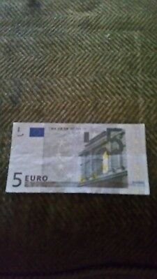 2002 EUROPE PAPER MONEY - 5 EUROS BANKNOTE.  Used AS IS